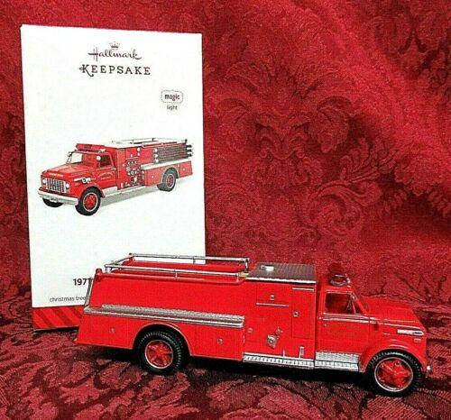 HALLMARK 2014 FIRE BRIGADE SERIES ORNAMENT #12~LIGHTED~1971 GMC FIRE ENGINE