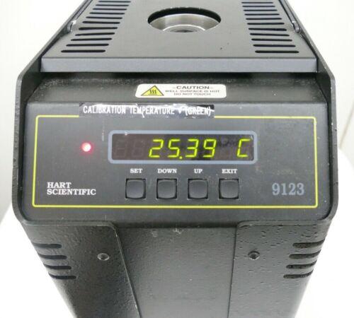 Hart Scientific Model 9123 Dry-Well Temperature Calibrator 120V (w carry case)