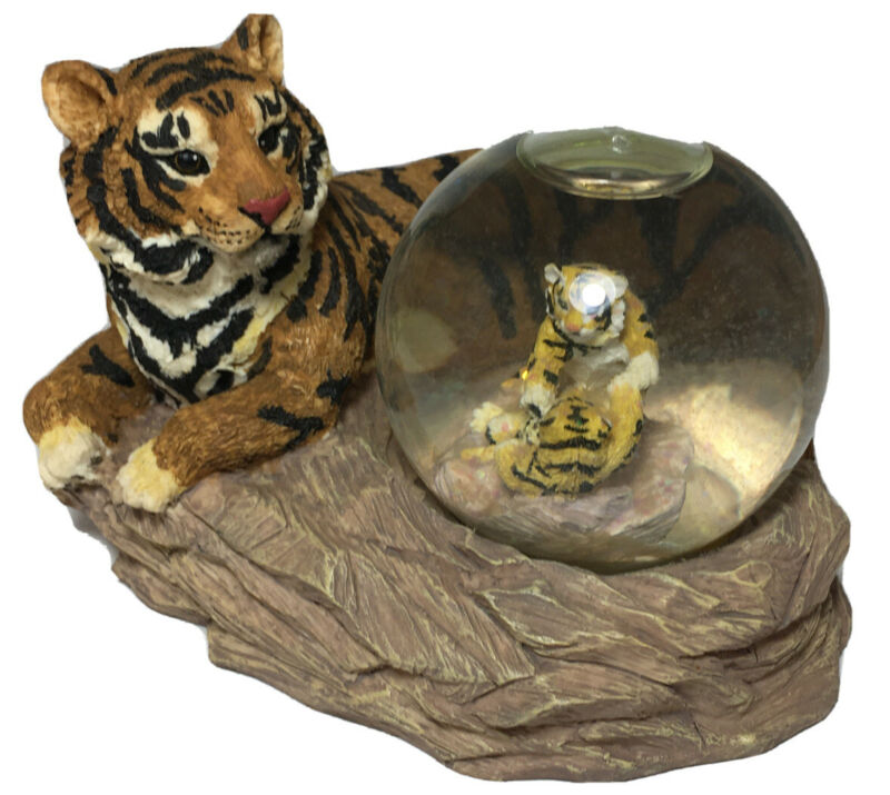 Tiger And 2 Tiger Cubs Snowglobe Figurine Resin