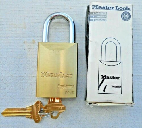 MASTER  Re-keyble LOCK padlock # 6842  with 2 Schlage  key blanks   Locksmith