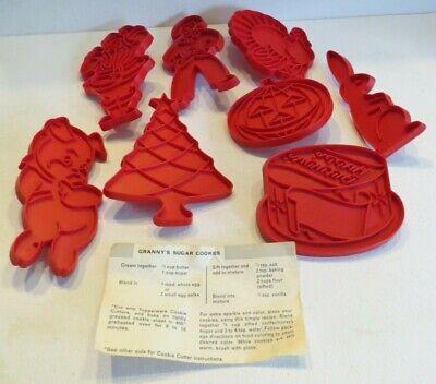 LOT 8 Tupperware Vintage Plastic Cookie Cutters~ Christmas, Turkey, Halloween