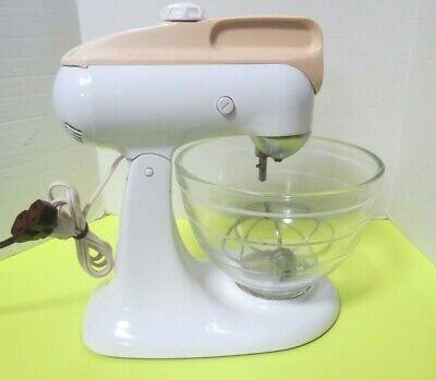 Vtg White Kitchen Aid Stand Mixer Model 4C Hobart 4C W/ Beater Glass Bowl Video