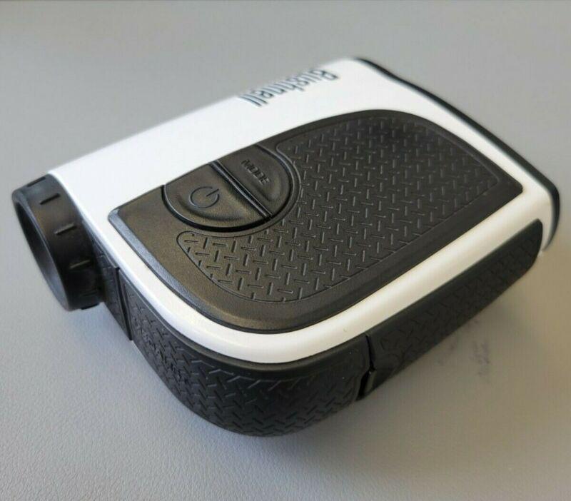 Bushnell Medalist Laser Golf Rangefinder with case and magnetic cart mount!