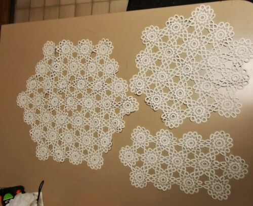VINTAGE HAND CROCHET LACE  TABLE RUNNER / DRESSER SCARF / DOILY  3 SIZES