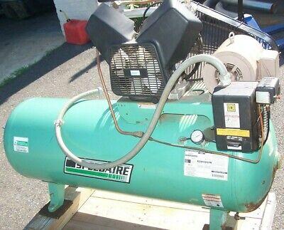 Speedaire 3 Hp 80 Gallon Air Compressor 3 Ph 208 - 230v 90 Psi Max 5z702a