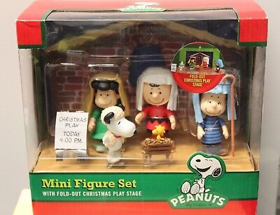 PEANUTS CHRISTMAS PLAY Mini Figures Set Nativity Stage Snoopy Lucy Pageant NEW](Snoopy Nativity Set)