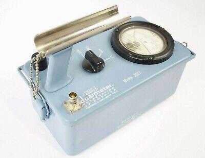 Dosimeter Model 3007 Radiation Detector
