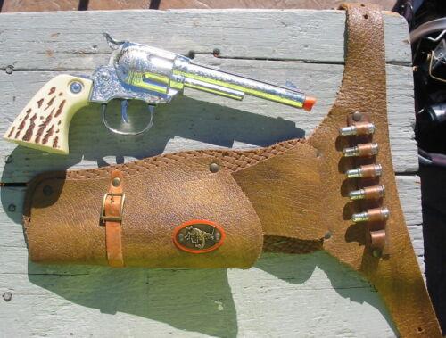 Vtg Daisy Toy Pistol Metal Cap Gun & Leather Holster Belt Plastic Leco Bullets