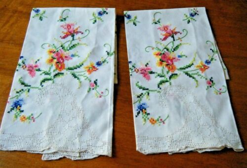 2 antique Guest fingertip tea towels linen H embr/red &needle mosaic lace italy