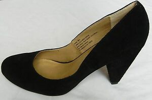 UO Urban Outfitters Women's Suede Tapered Heel Pumps size 7
