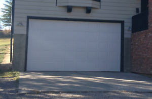 GARAGE DOOR WITH OPENER - INSULATED