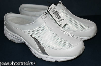 (Easy Spirit NWT Womens Slip On Athletic Clogs Mules Beige Leather w Mesh)