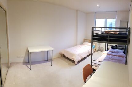 *Females Only* Melbourne CBD Triple-Share Near Southern Cross