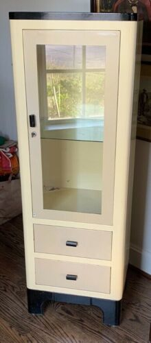 Vintage Metal Medical Cabinet Apothecary Glass PICK UP! Houston Texas