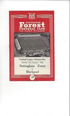 Nottingham Forest v Blackpool 1961/62 Football Programme + Press Cutting