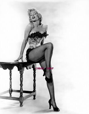 MARILYN MONROE 60s 70s Sixties Seventies Poster Wall Print 24 x 36 (inch) 6
