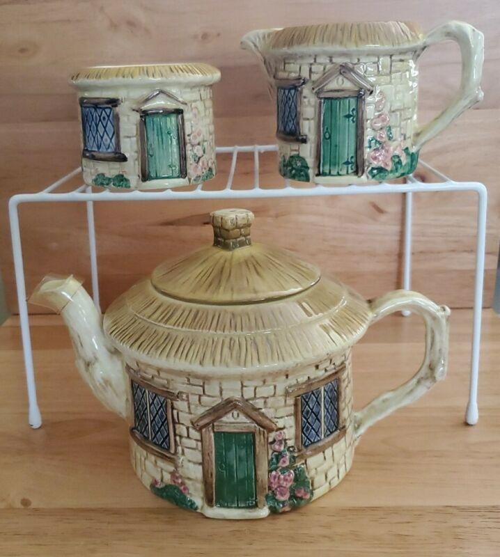 Sylva C Hand Painted Ceramics, Crown Windsor Croft Cottage Ware 4-Piece Set