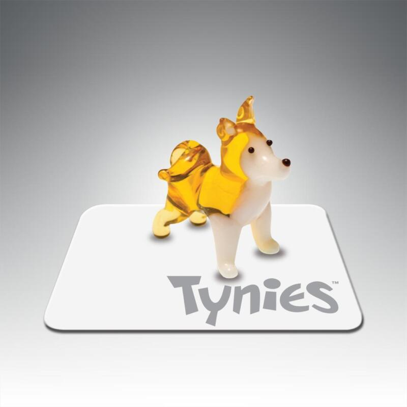 Kit Akita dog Tynies Tiny Glass Figure Figurine Collectible 0121
