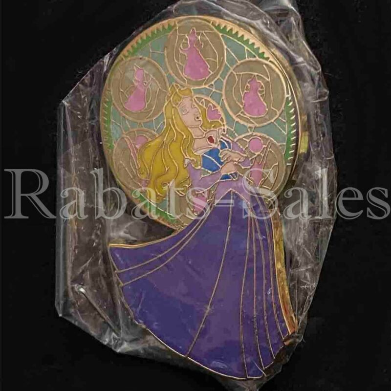 Aurora Sleeping Beauty Stained Glass New in Package LE250 Bootleg but Beautiful
