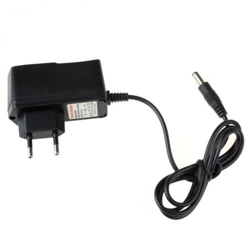 DC 8.4V 1A Output Charger Traveling Universal Power Adapter US / UK /EU Optional