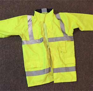 High viz water proof jacket Geraldton Geraldton City Preview