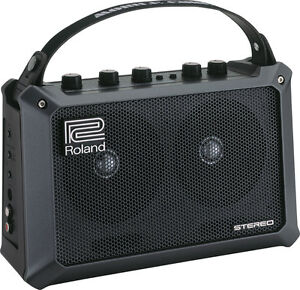 Roland Mobile Cube Battery Powered Portable Stereo Guitar Amplifier Speaker 5W