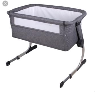 Co sleeper bassinet Kilsyth Yarra Ranges Preview