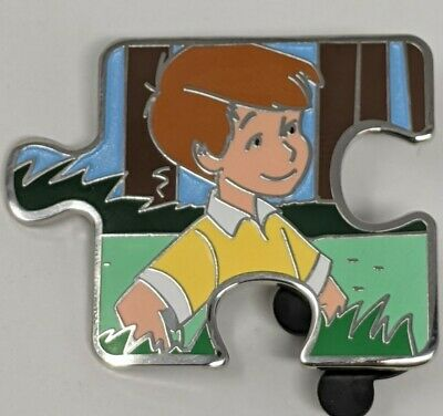 Disney Christopher Robin Winnie The Pooh Character Connection LE900 Puzzle Pin