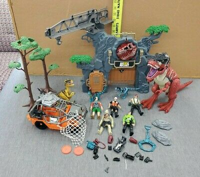 2014 CHAP MEI ANIMAL PLANET DINOSAUR PLAYSET - Not Complete - Lots of Extras - Dinosaur Animal Planet