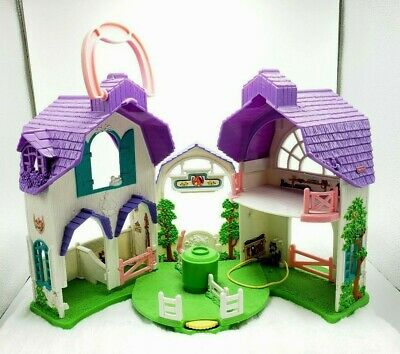Fisher Price Sweet Streets Riding Stable Playset Barn Horse Building 2004 Toy