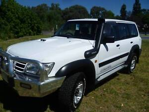 2002 NISSAN ST PLUS PATROL WAGON , 4X4 3.0 LIT T/DIESEL. Holbrook Greater Hume Area Preview