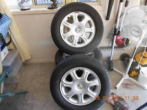 Set Of 4 Original Holden Wheels With Tyres + Wheel Nuts Point Vernon Fraser Coast Preview