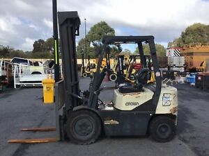 Crown 2500kg LPG Forklift with 6000mm Three Stage Mast, Sideshift & Scales Malaga Swan Area Preview