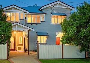 4 ROOMS AVAIL FROM JULY - STUDENT ACCOMMODATION – GREAT HOUSE! Greenslopes Brisbane South West Preview