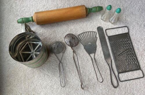 Lot of 8 Vintage Kitchen Utensils Sifter Rolling Pin Green Handles Salt Pepper