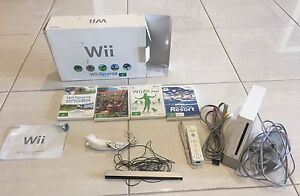 White Nintendo wii with 4 games $60 ONO Parap Darwin City Preview