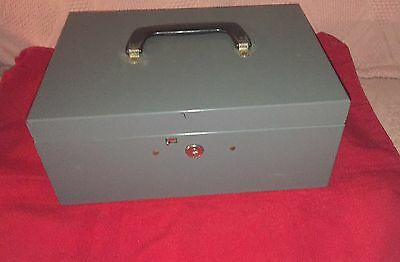 Pre Owned Lit-ning Grey Metal Cash Box Swing Handle Coin Bins No Key Hinged