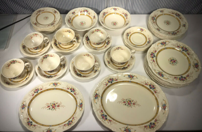 The Beatrice by GRINDLEY 44 Piece China Dish Set Tunstall England Vintage #92