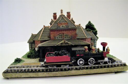 """HAND PAINTED PEWTER AMERICAN HISTORIC TRAIN STATION """"ILLINOIS PULLMAN STATION"""""""