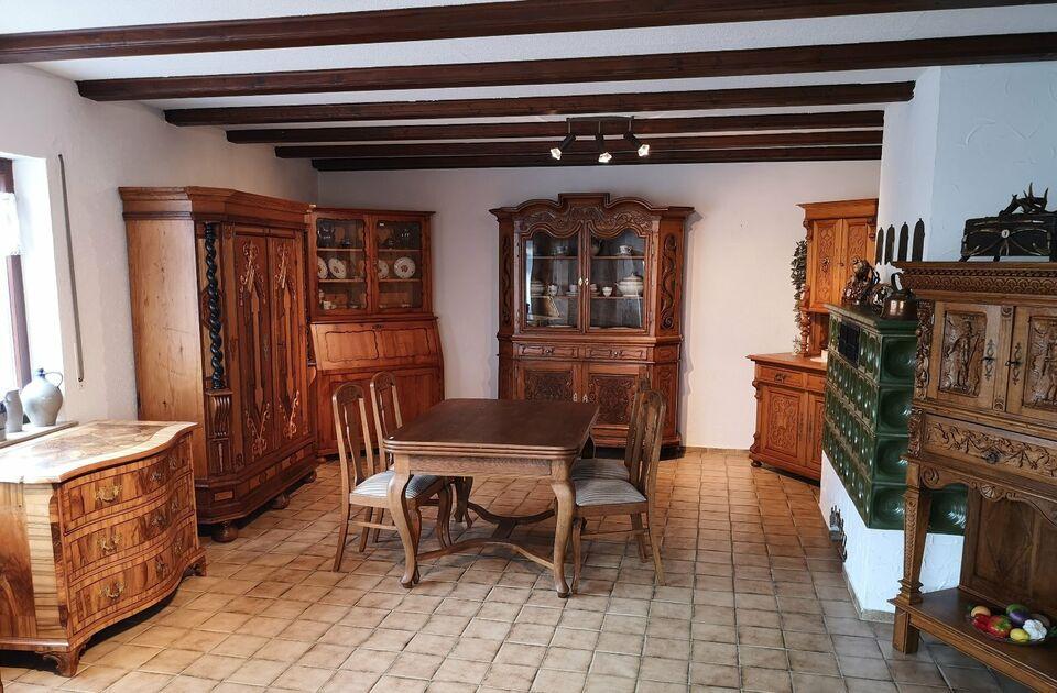 Antik Möbel Barock Biedermeier Schränke  Verkauf / Restauraition in Hessen - Ehringshausen