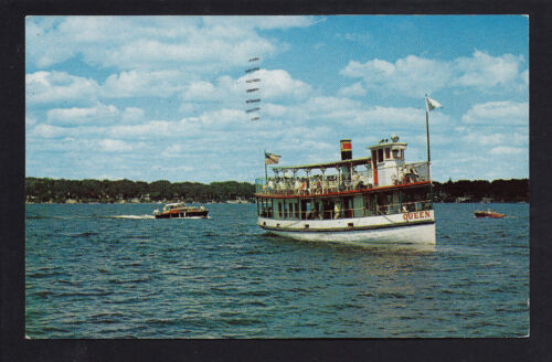 Lake Okoboji Iowa IA 1957, the Queen consort tour boat, Wooden Speed Boat, Busy Lake Day