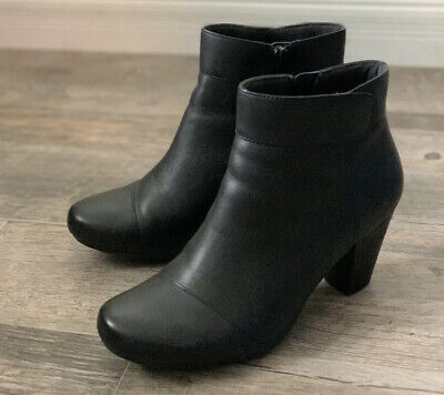 Clarks Leather Women's Ankle Boots black Size 9