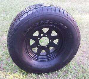 "15"" SUZUKI SIERRA F100 A/T SPARE TYRE SUNRAYSIA 4X4 WHEEL AND 31"" Kallangur Pine Rivers Area Preview"