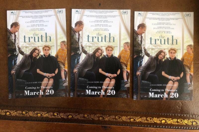 """THE TRUTH"" MOVIE ,LOT OF 3 PROMO POSTCARDS, ETHAN HAWKE, C. DENEUVE, J. BINOCHE"