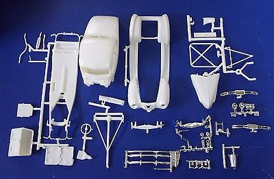 New AMT '40 Ford Coupe Parts, Body, Frame, Interior,Windows 1:25 st096