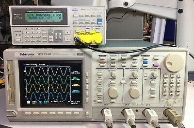 Tektronix Tds784d Oscilloscope 1ghz 4gss 13 1f Hd 2m 2f 2c 4c Cem Jit Eye Lcd