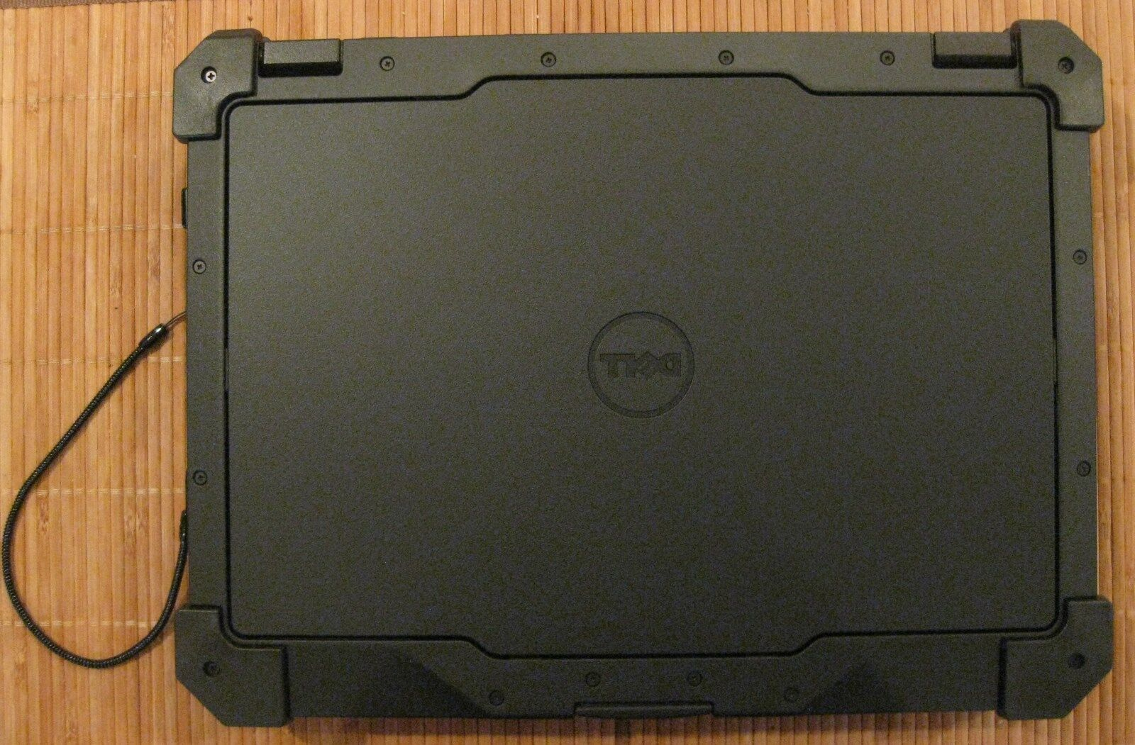 rug dell latitude extreme business laptop discount rugged