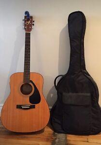 Yamaha FG-401 Acoustic Guitar & Soft Case