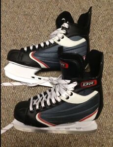 Ice skates in brand new condition