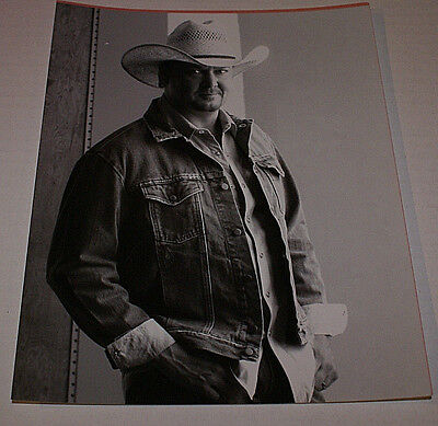 TRACY LAWRENCE RARE 8.5 X 11 UNRELEASED PROMO PHOTO OOP HTF CELEBRITY PHOTO